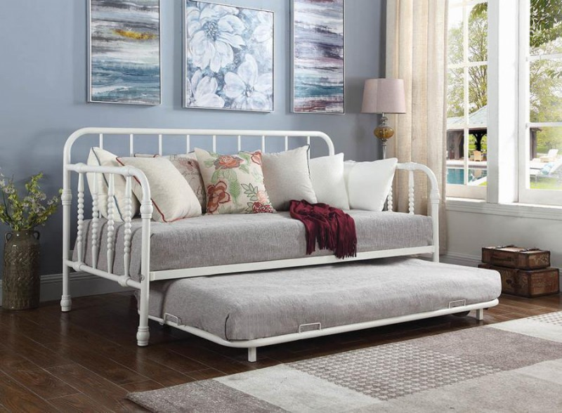 Coaster | White Metal daybed w/ trundle