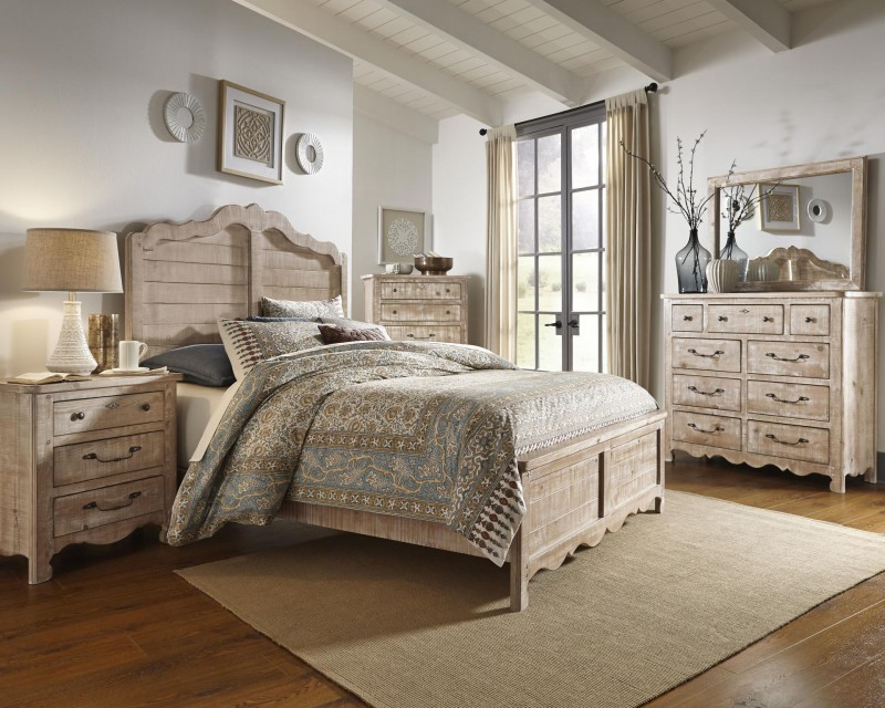 Progressive Furniture   Chatsworth King Bed