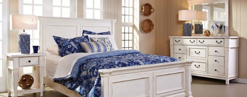 American Imports Stoney Creek Queen Bed,Dresser/mirr,Chest