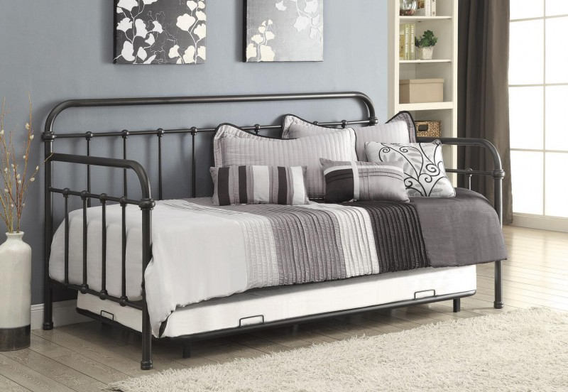 Coaster   metal daybed