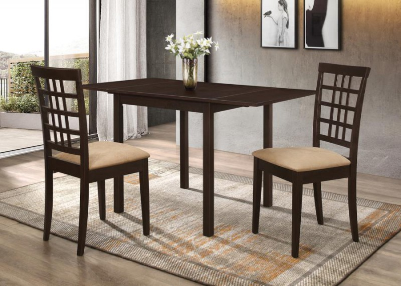 Coaster   Kelso Table W/ 2 chairs
