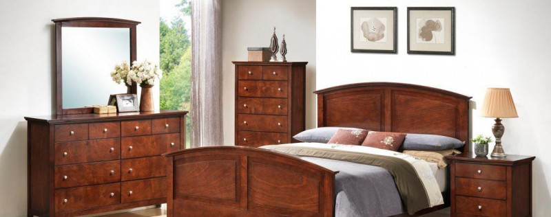 American Imports Whiskey Queen Bed,Dresser/Mirror