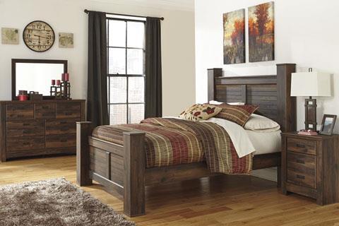 Signature Design | Quinden Dark Brown Dresser & Mirror