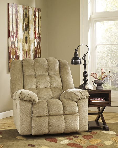 Signature Design Ludden Power Recliner - Sand