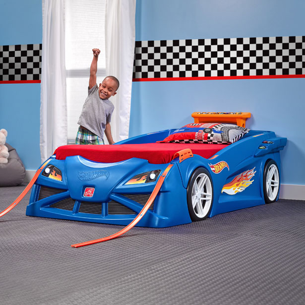 hot wheelstm toddler-to-twin race car bedtm 1