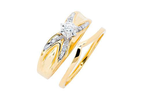 New Generations   Diamond Bridal Set