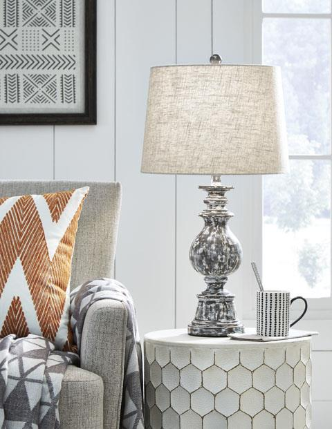 Signature Design | 2 PC Lamps