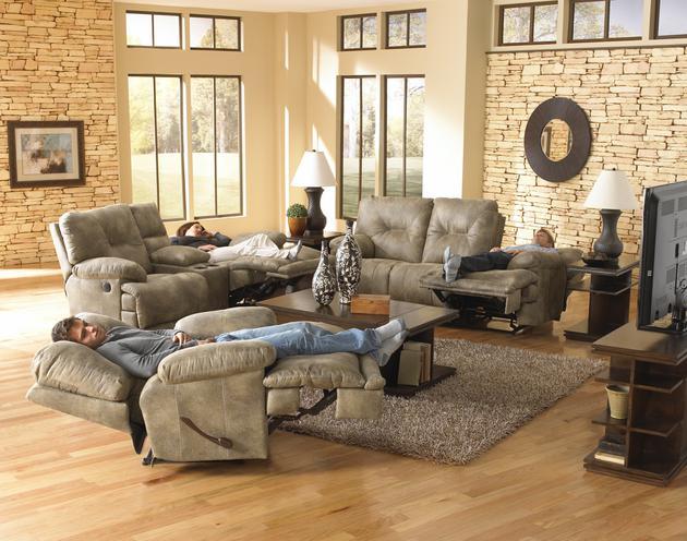Voyager Brandy Dual Motion Sofa & Recliner