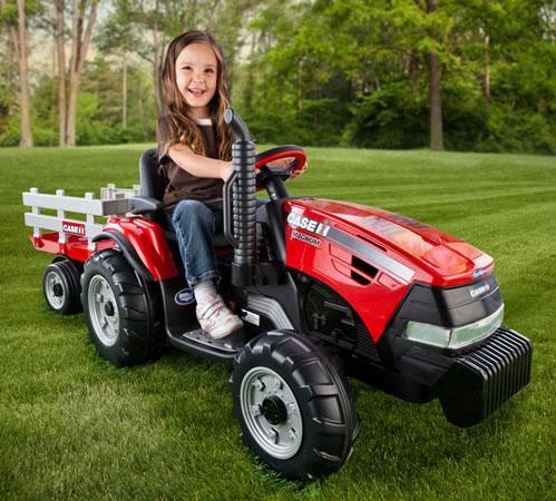 Peg Perego Red CASE IH Power Scoop Tractor