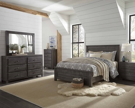 Progressive Wheaton Charcoal Queen Bed and Dresser